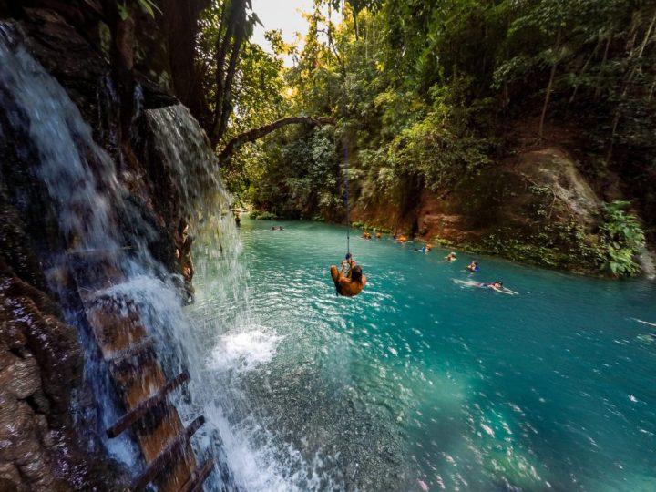 kawasan-falls-cebu-canyoneering-0211979-1024x768